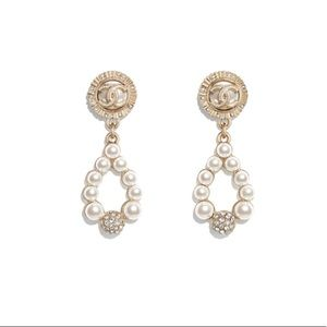 Chanel gold pearly white earrings